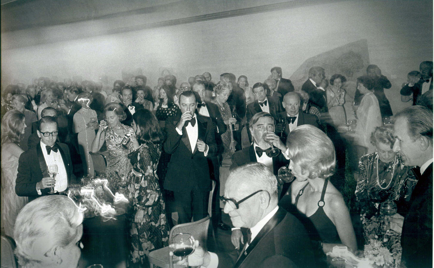 The Kimbell Art Museum opens to the public, 1972