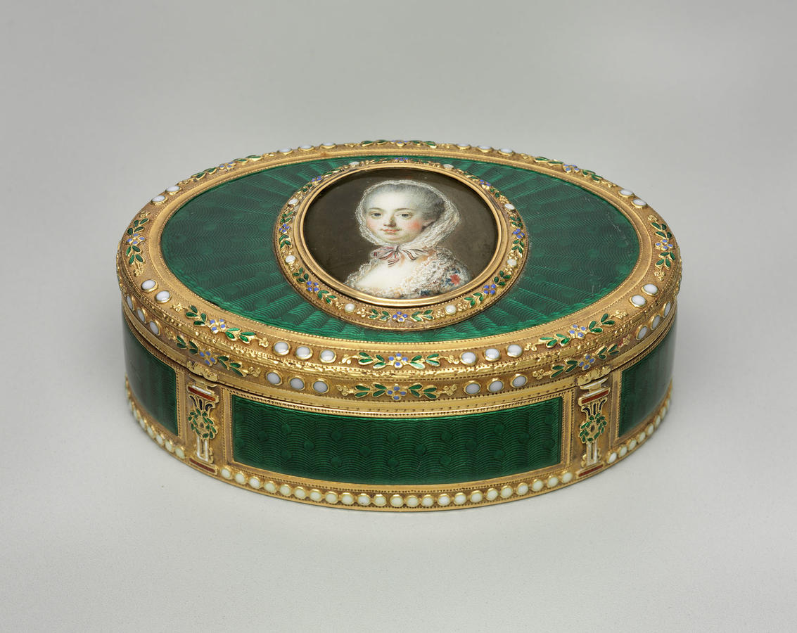 Swiss or German, after François Hubert Drouais, Snuffbox with Portrait of Madame de Pompadour, late 18th century, Gold and enamel, Width: 3 1/4 in. (98.3 cm), Museum of Fine Arts, Boston