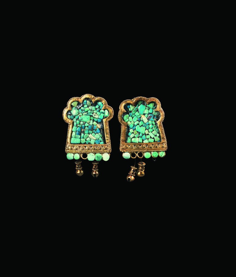 Ear spools, 1300–1550, Santa Rita Corozal, Belize, Turquoise, gold, and obsidian, 2 1/2 x 1 1/2 x 1 5/8 in. (6.4 x 3.9 x 4.1 cm), National Institute of Culture and History, Belize, Courtesy Peabody Essex Museum, photograph © 2009 Jorge Pérez de Lara