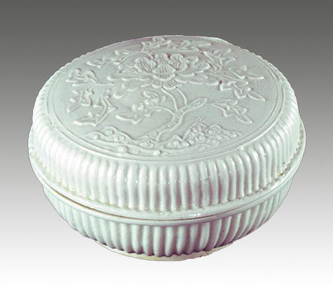 Covered Box with Molded Peony Design