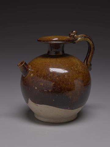 Ewer with a Short Spout