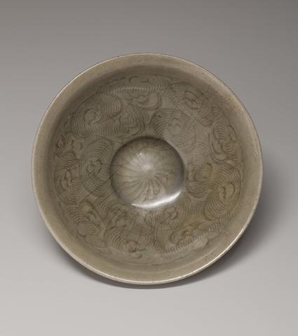 Bowl with Wave Design