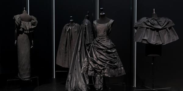 Balenciaga in Black   Kimbell Art Museum